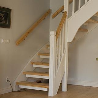 trappsteg svängd trappa